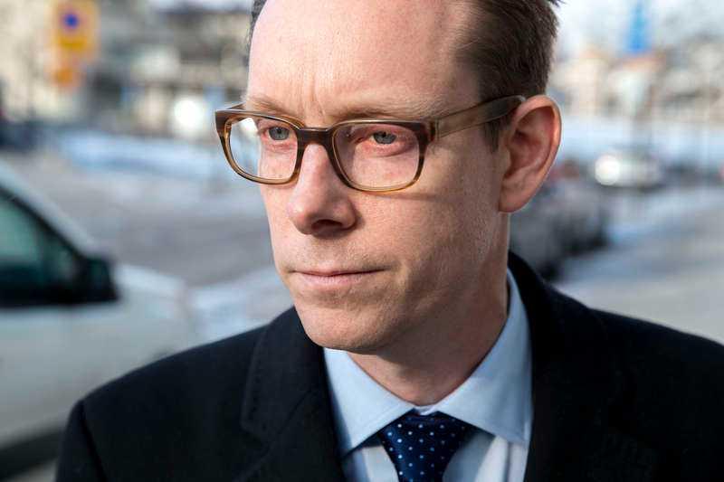 Tobias Billström (M) kritiserar Anders Ygeman (S) för twitteruppmaningen till norska statsministern Erna Solberg.