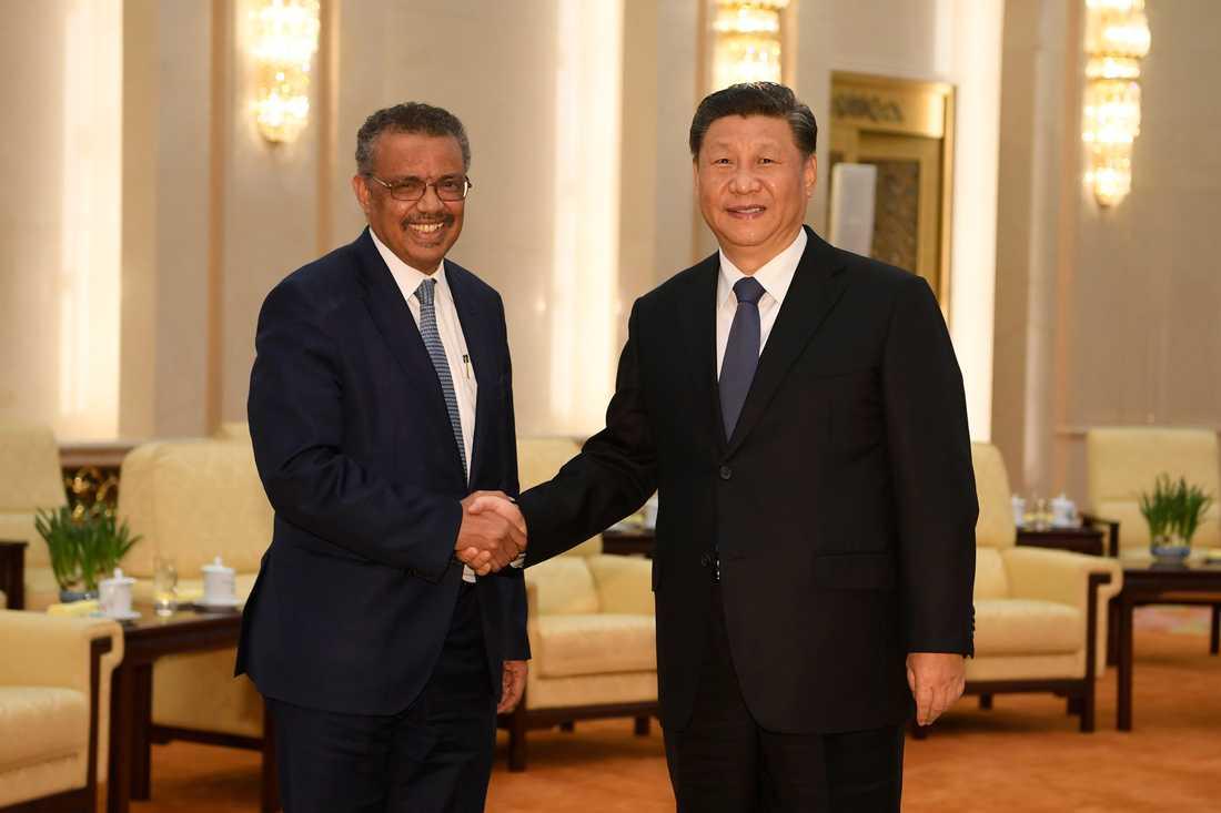 Världshälsoorganisationen WHO:s chef Tedros Adhanom Ghebreyesus möter Kinas president Xi Jinping i Peking den 28 januari.