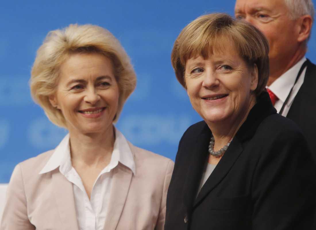"""Tysklands förbundskansler Angela Merkel kallar Ursula von der Leyen """"en hängiven europé"""". Arkivbild."""