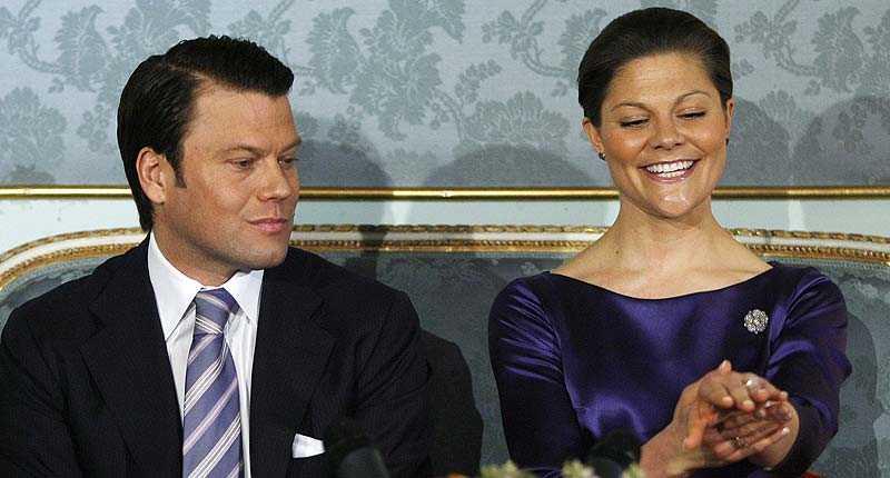 så blir deras liv Spelbolagen har satt odds på allt möjligt som rör bröllopet för kronprinsessan Victoria och Daniel Westling.