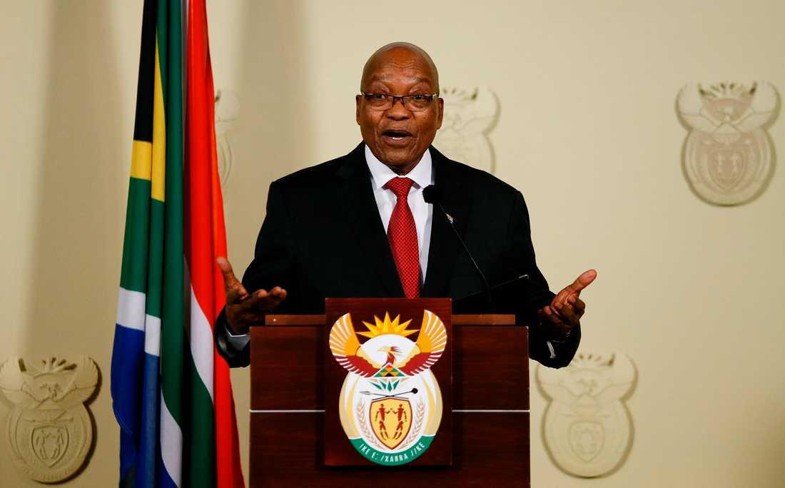 Jacob Zuma gav beskedet i ett tv-sänt tal på onsdagkvällen.