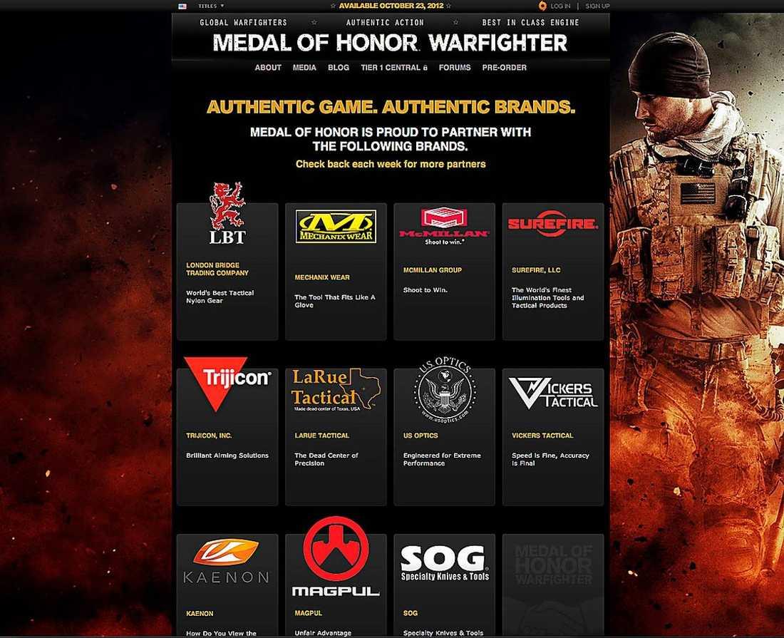 länkar till vapentillverkare Spelgiganten Electronic Arts får hård kritik för att de länkat till vapentillverkare på sin hemsida. Länkarna har nu tagits bort – men logotyperna ligger kvar.