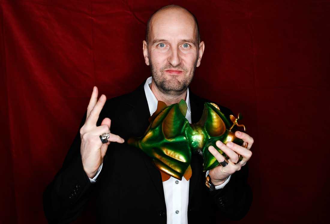 """Johan Testad tilldelas priset för bästa originalmusik för filmen """"Goliat""""."""