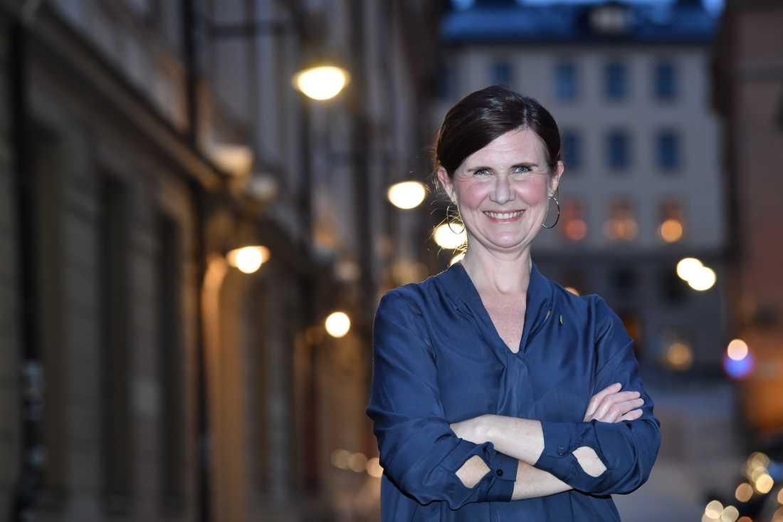 Märta Stenevi, som föreslås bli nytt språkrör för Miljöpartiet, efter en pressträff på torsdagen.