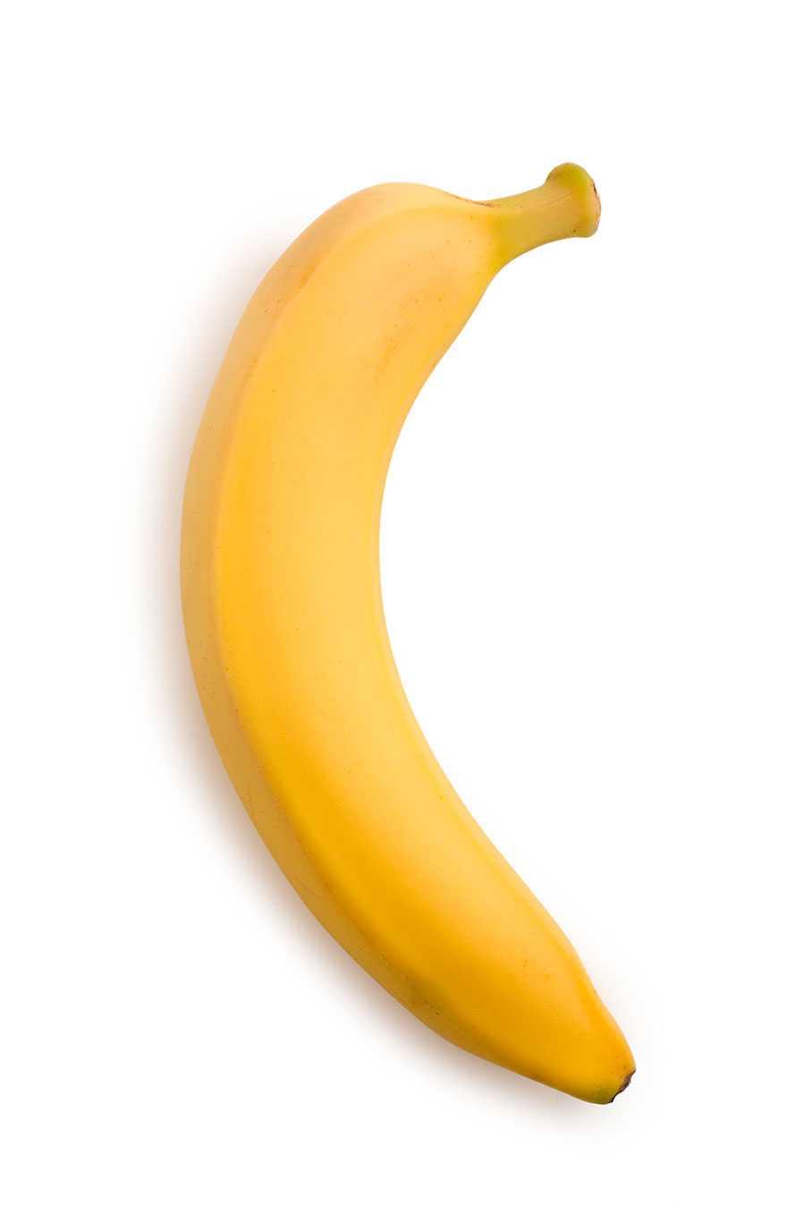 """6. """"Färsk frukt är  nyttigare än torkad"""" Nja Färsk frukt innehåller C-vitamin som till stor del försvinner om man torkar den. Även andra nyttiga oxidanter minskar när man torkar färsk frukt, men energimängden och de flesta näringsämnena består.  Forskare vid Pennington Biomedical Research Center genomförde för några  år sedan en studie där de jämförde torkad och färsk frukt i förhållande till  hur mycket antioxidanter den innehöll. Den torkade frukten gav en god  antioxiderande effekt även  om den var sämre per gram jämfört med den färska  frukten."""