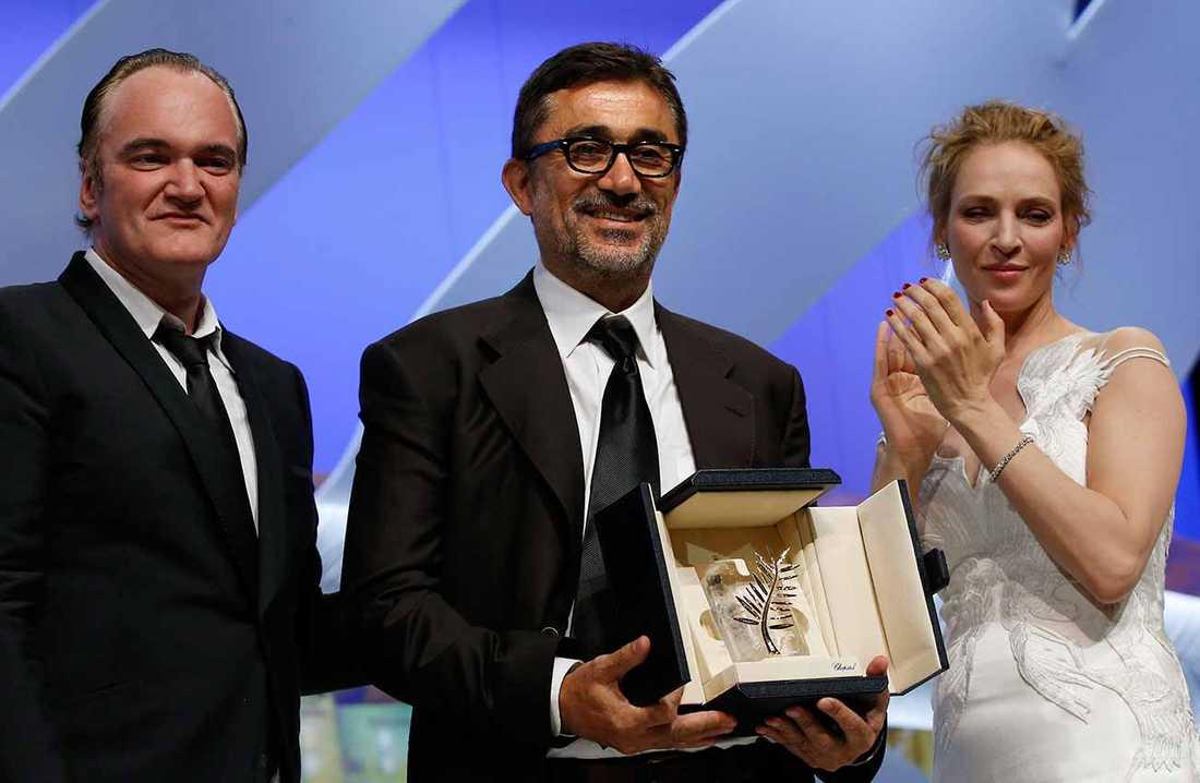 Quentin Tarantino och Uma Thurman delade ut Guldpalmen till Nuri Bilge Ceylan.