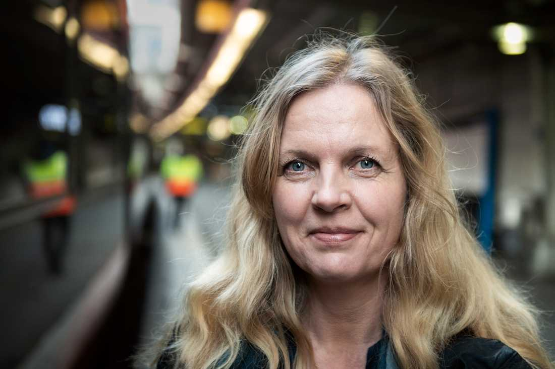 "Susanna Elfors startade Facebook-gruppen ""Tågsemester"" 2014. Nu har gruppen över 44.000 medlemmar."