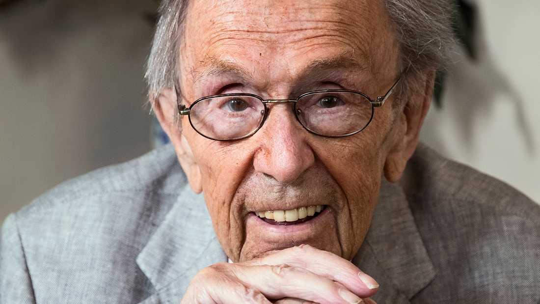 Arne Weise gick bort i september 2019.