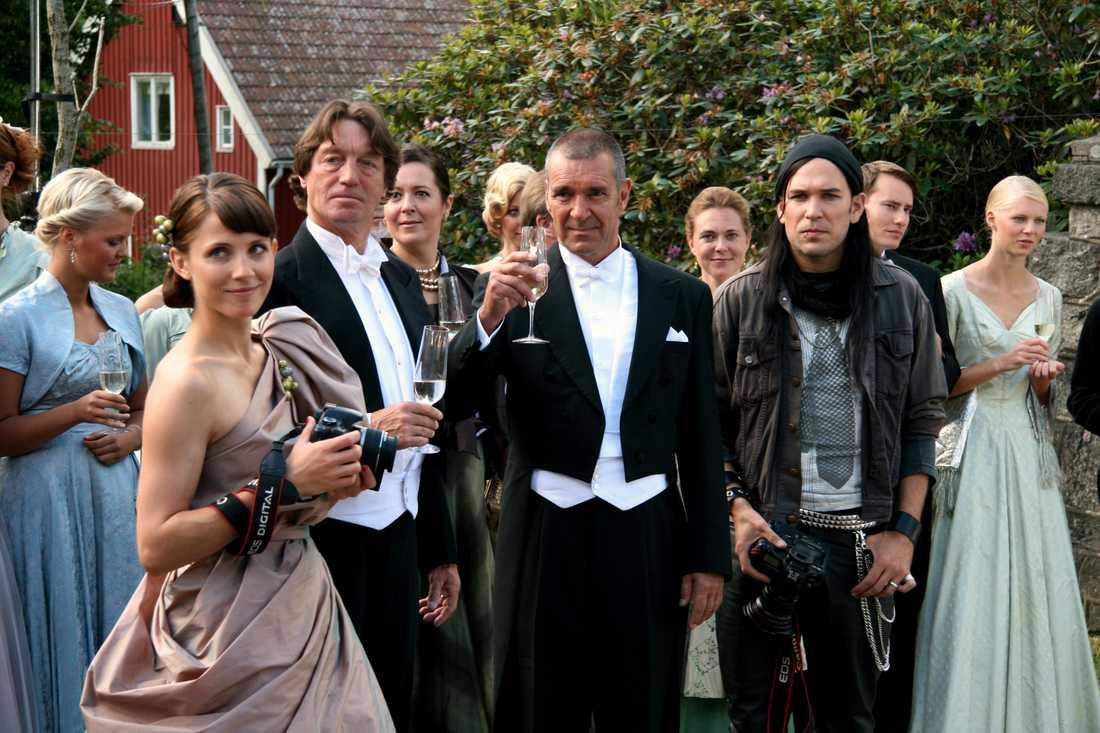 Filmen Bröllopsfotografen med Tova Novotny, Johannes Brost, Kjell Bergqvist och Björn Starrin,