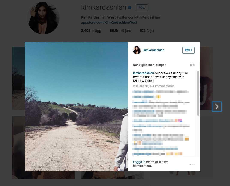 Kim Kardashian la upp en bild från promenaden med syrran Khloé och Lamar, till fansens förtjusning.