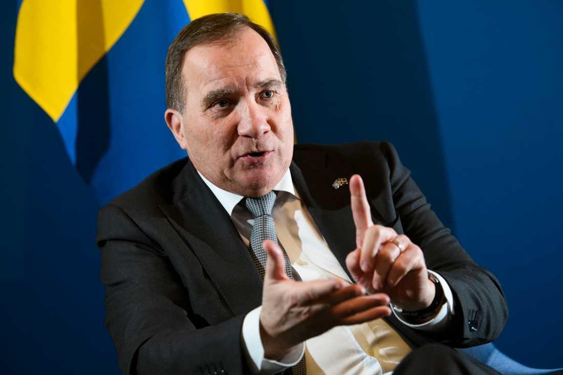 Statsminister Stefan Löfven (S) säger att det säkert finns saker som kunde ha gjorts bättre under pandemin men han vill avvakta med slutbetyget.