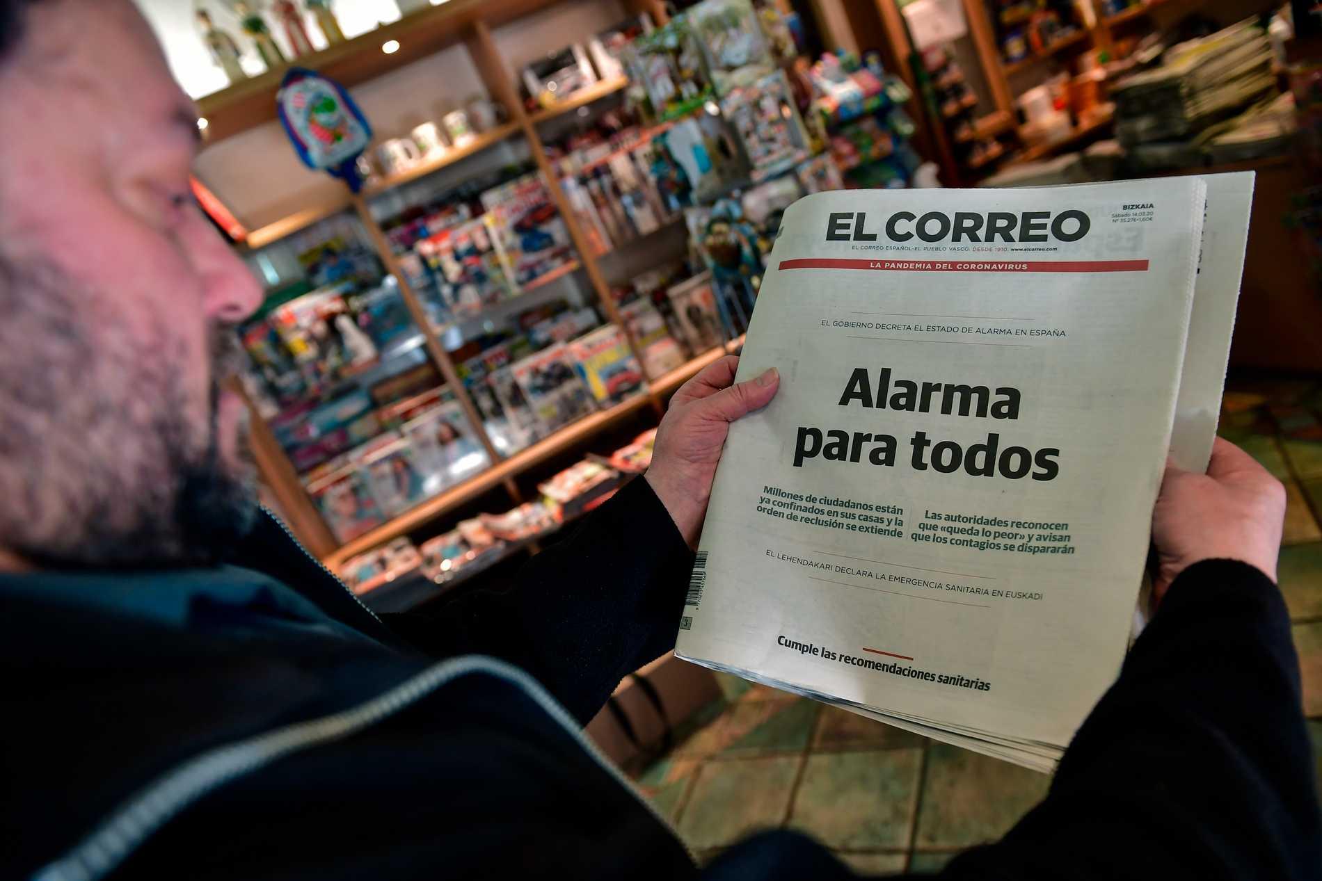 """""""Larm för alla"""", står det på förstasidan av dagens El Correo."""