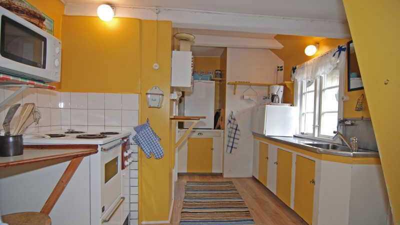 Husets kök är från 50-talet och kanske är något som får spekulanterna att höja ögonbrynen.