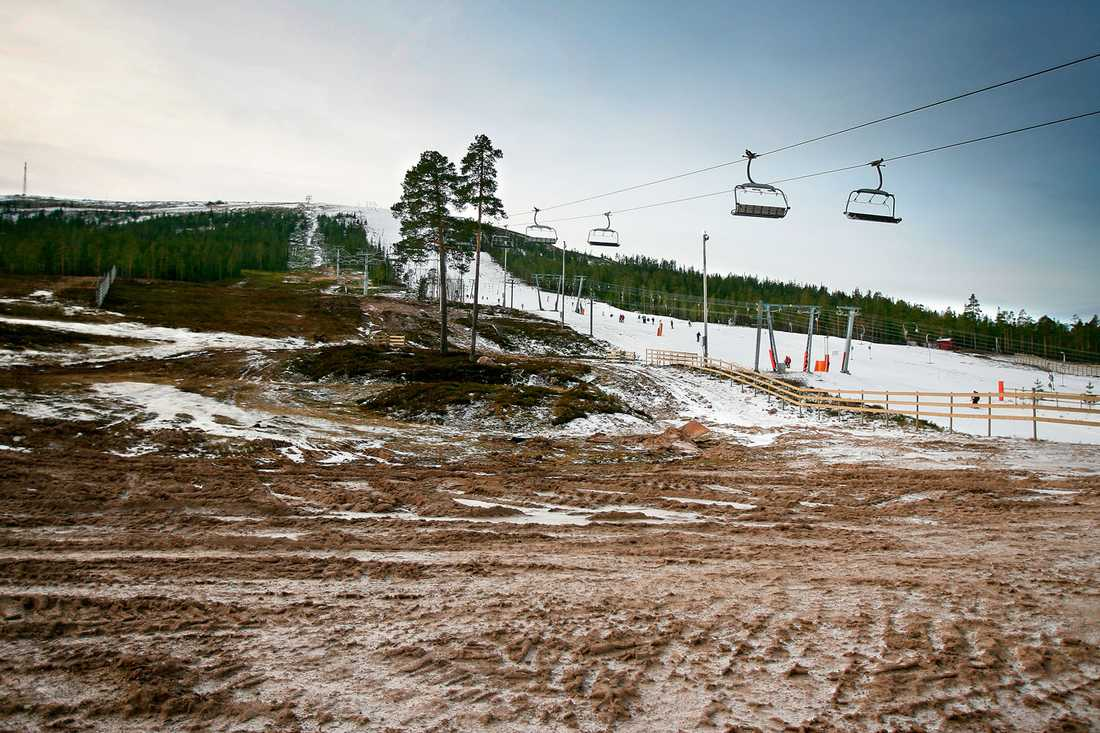 glöm snön Så här såg det ut vid Granfjällsstöten julen 2006. Nu verkar det som att det blir en grön vinter igen.