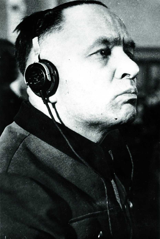 Höss under rättegången mot honom 1947.