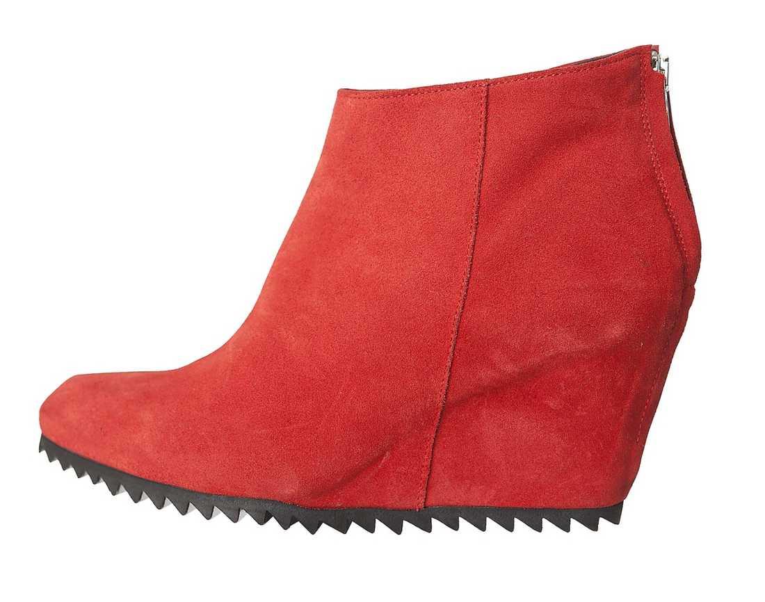 Rött Nude. 1 295 kr