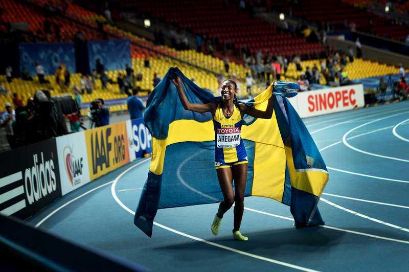 15 AUGUSTI, MOSKVA I RYSSLAND Abeba Aregawi sprang hem ett historiskt svenskt VM-guld på 1500 meter i Moskva. Med segern tog hon Sveriges åttonde VM-guld genom tiderna.