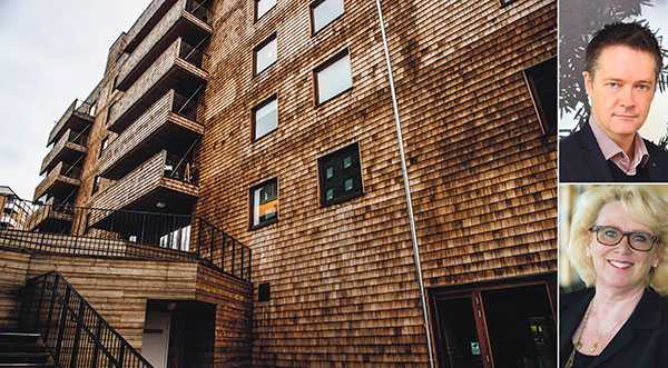 Det nyligen uppförda huset Strandparken i Sundbyberg, byggt nästan enbart i trä, binder in 880 000 kilo koldioxid bara i själva stomkonstruktionen, skriver Per-Olof Sjöö och Lena Ek.