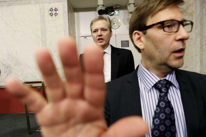 Sten Tolgfors avgick som försvarsminister i går efter flera turbulenta dagar med Saudiskandalen.