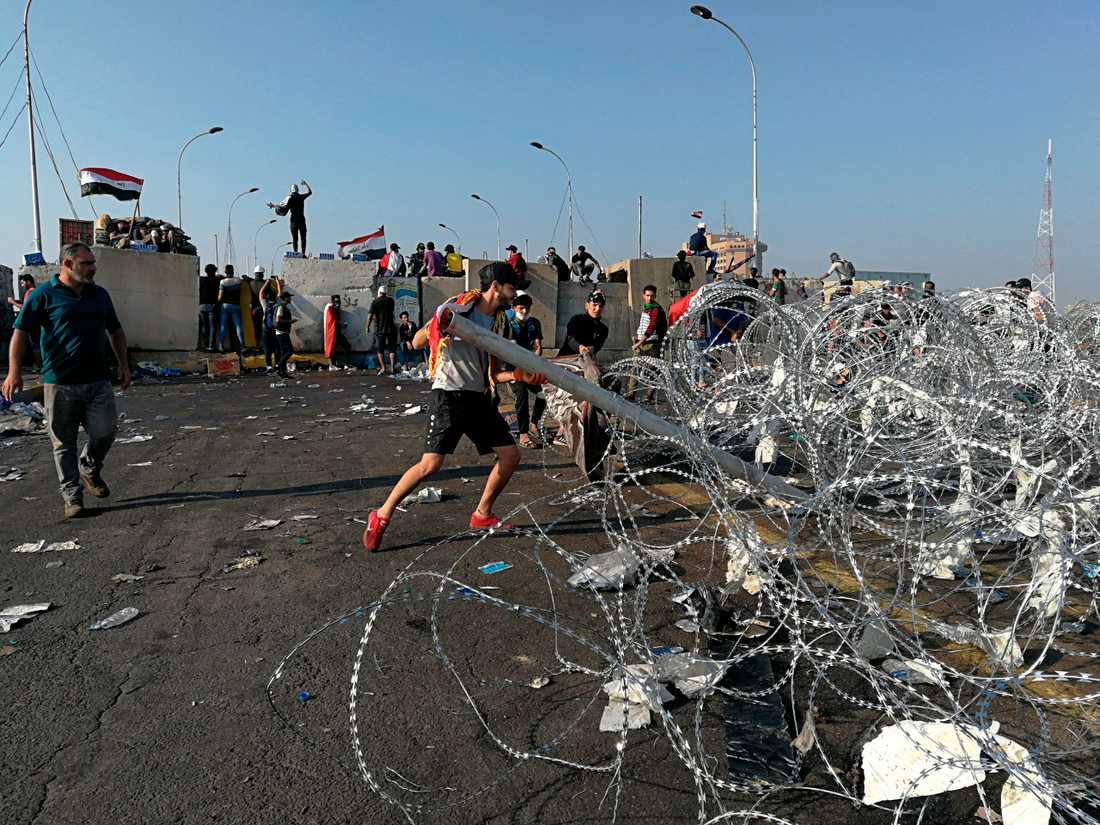 Regeringskritiska protester i Iraks huvudstad Bagdad den 31 oktober.
