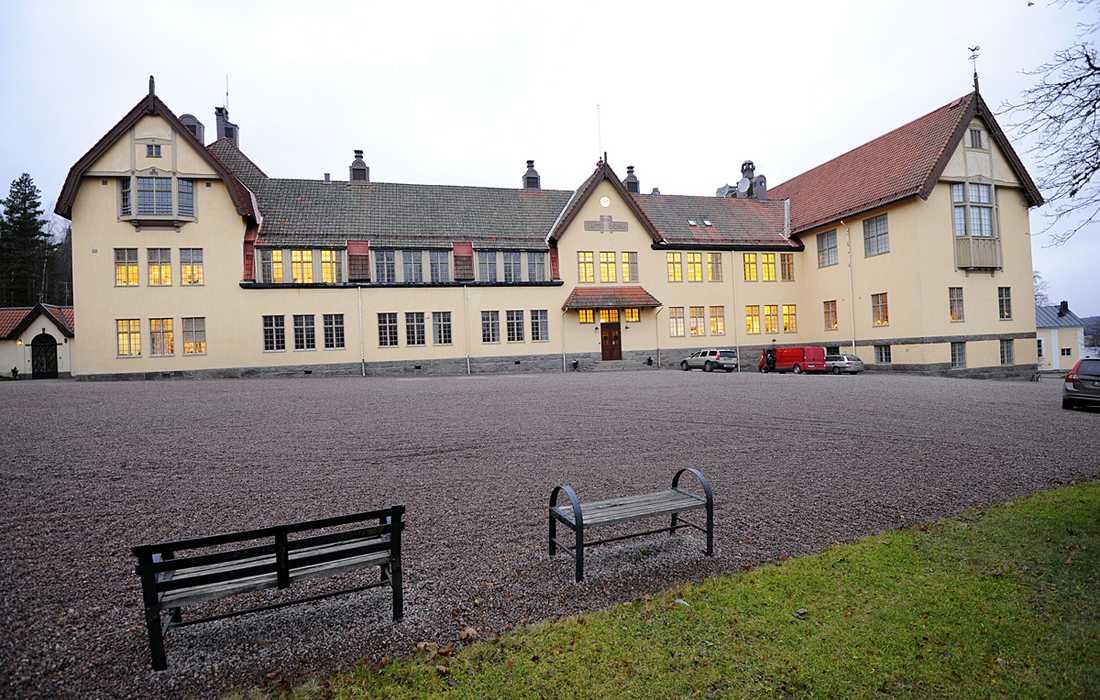 Lundsbergsskolan får hård kritik av Skolinspektionen.