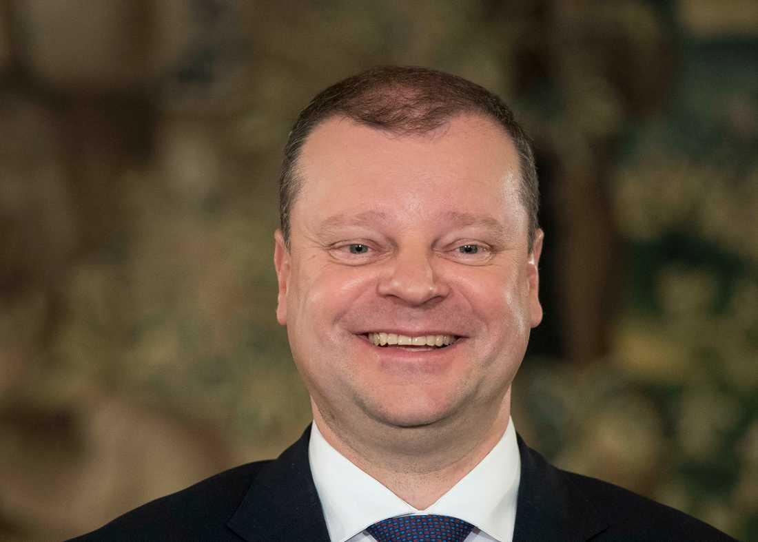 Litauens premiärminister Saulius Skvernelis har kommit överens med grannländerna om att öppna gränserna för varandras medborgare. Arkivfoto.