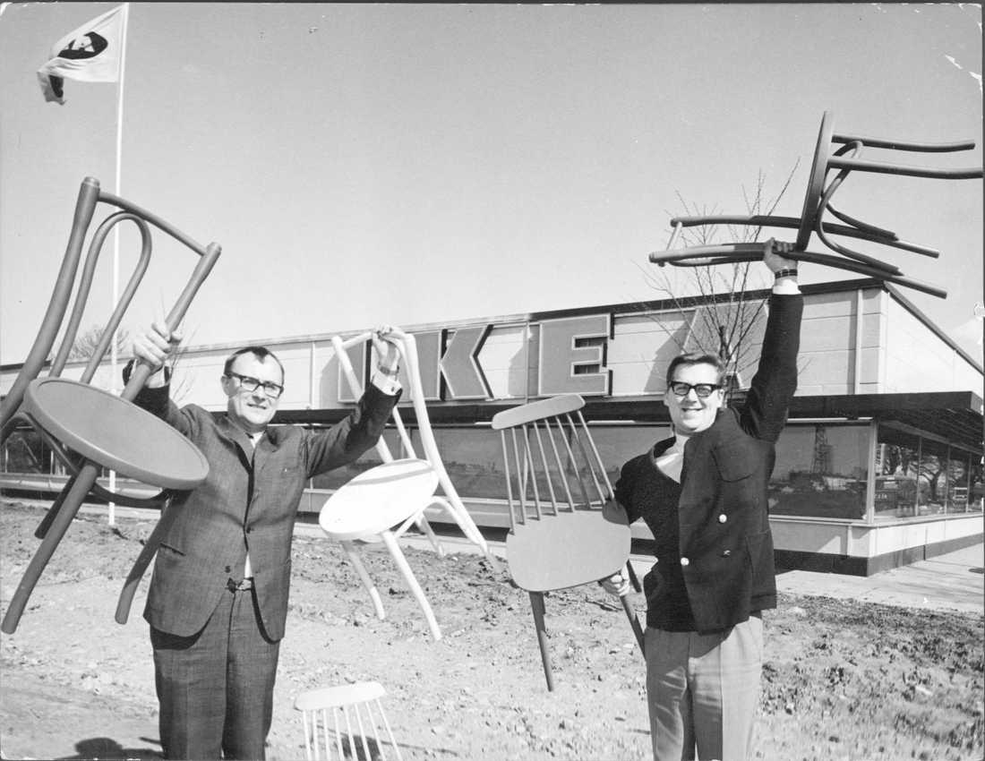 Ingvar Kamprad till vänster. Odaterad arkivbild.