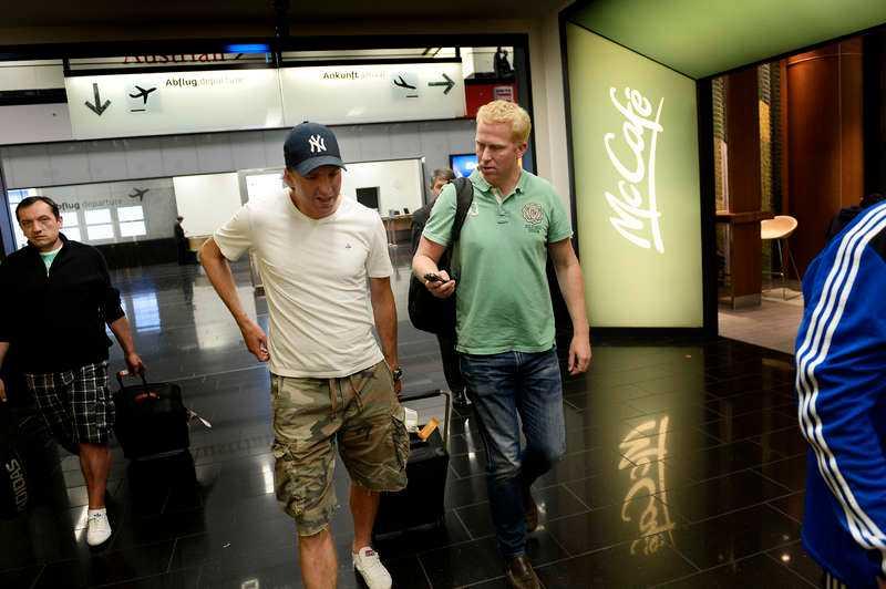 Landade i natt. AIK-backen Nils-Eric Johansson möttes upp i Wien av Sportbladets reporter Johan Flinck.