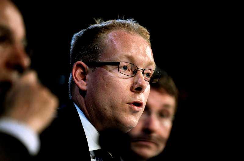 KRITISKAllianspartnern, migrationsminister Tobias Billström (M), avfärdar Centerns förslag om fri invandring.