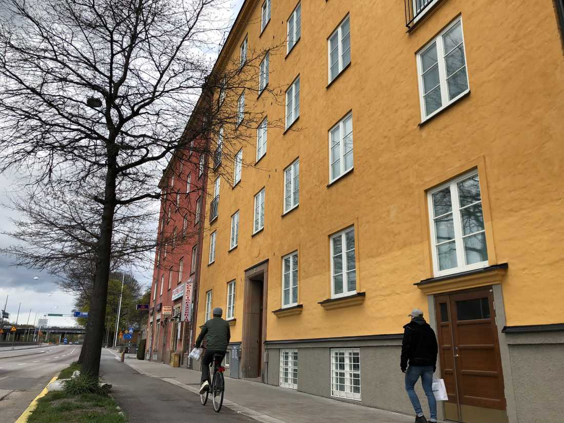 Den berörda fastigheten ligger på Drottningholmsvägen på Kungsholmen.