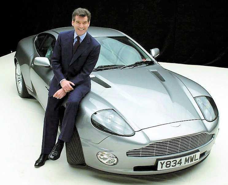 COOLT VÄRRE Aston Martin, Ipod och trosor av Kate Moss märke Agent Provocateur är bland det coolaste man kan ha idag.