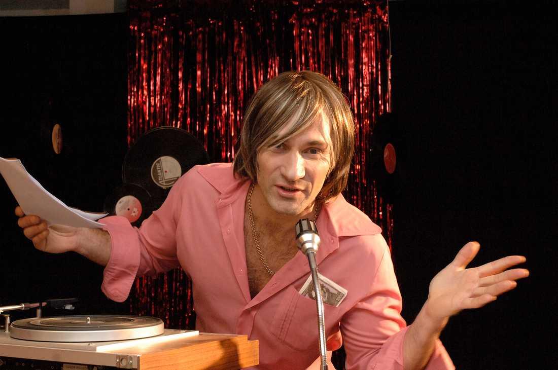Micke Nybrink som artist (!) 2008.