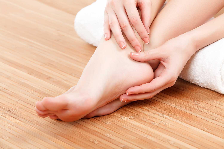 Använda knogar och handlovar när du masserar också så får tummarna vila lite.