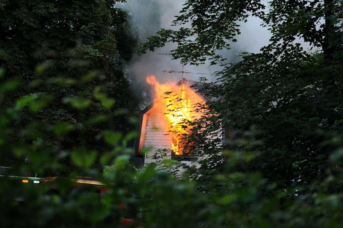 Sommarstugan brann natten till den 23 juli.