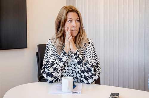 """""""Många av de som kom 2015 och som var välutbildade har flyttat vidare, vi har därför ett stort matchningsproblem på arbetsmarknaden"""", säger Norbergs kommunalråd Johanna Odö."""