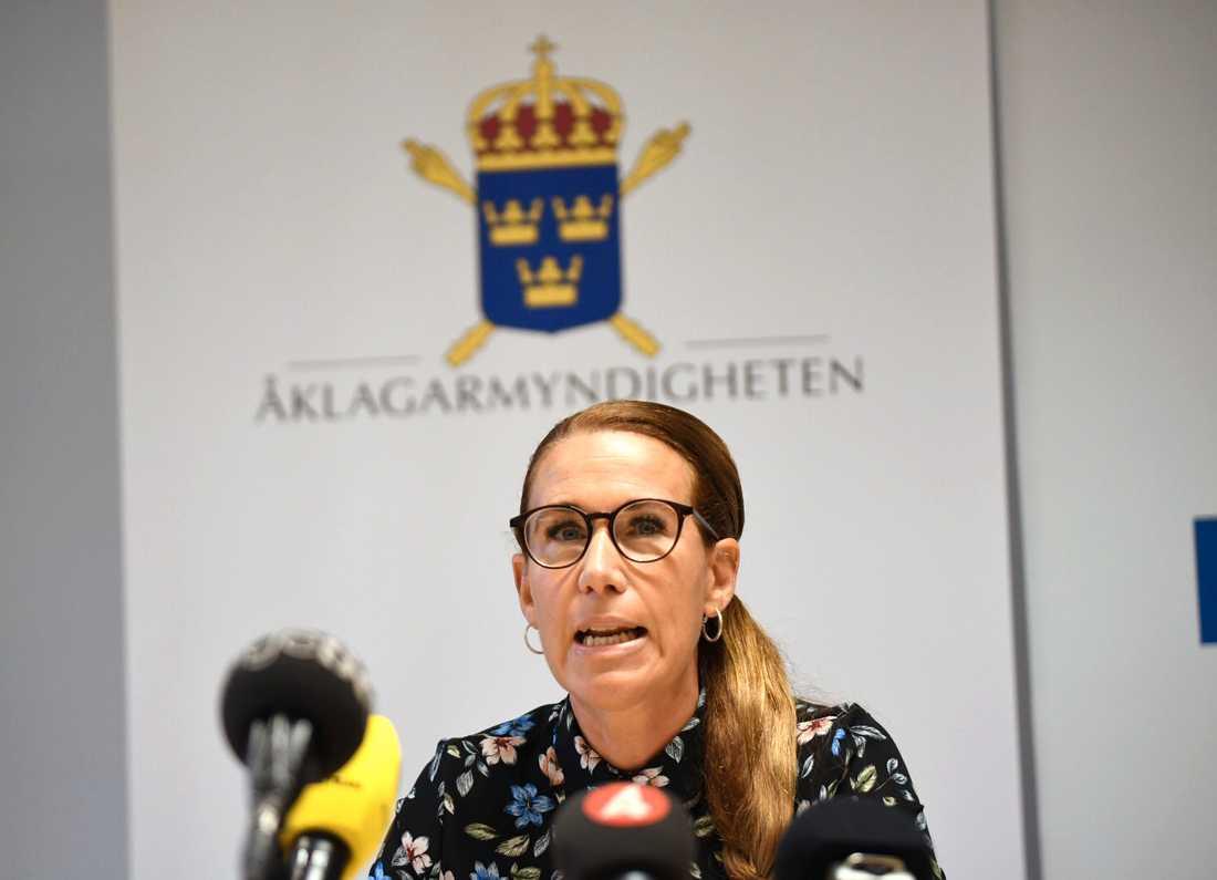 Linda Schön, kammaråklagare om utredningen av mordet på Gica