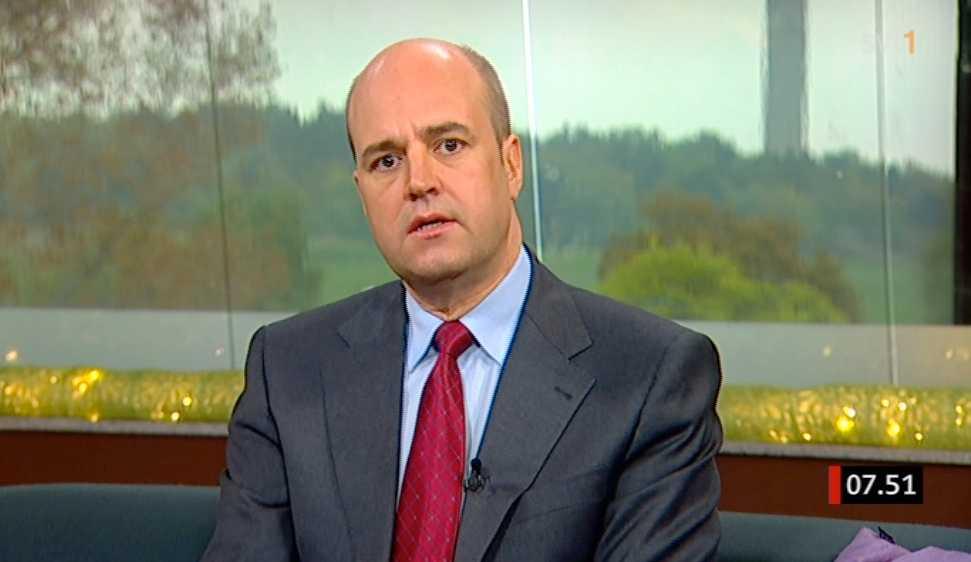 Fredrik Reinfeldt är dagens gäst i SVT:s morgonsoffa.