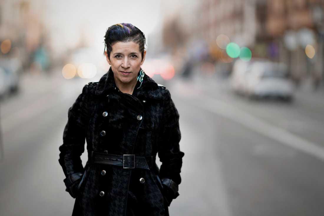 Mellika Melouani Melani, konstnärlig ledare på Folkoperan, är glad över att det blir en familjeföreställning i vår.