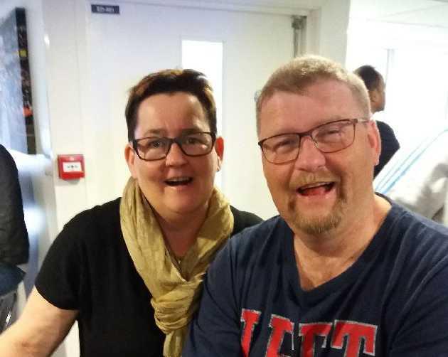 Carin och Tommy Nygren har fått pris av BRÅ efter att de räddade en flicka från att drunkna.