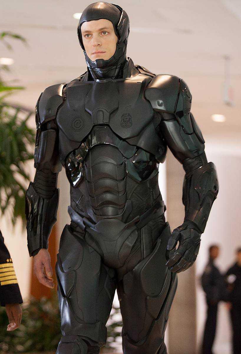Kinnaman i Robocop-mundering