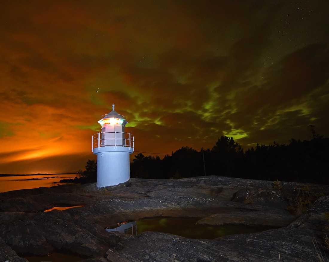 För att ta bra bilder på norrsken bör man ha ett stativ och inte ha så många lampor som stör, enligt Seth Nilsson