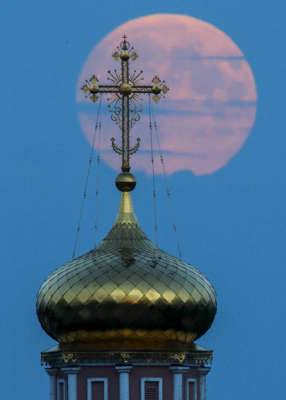 Ett kloster i Poschupovo , Ryazanregionen, Ryssland.