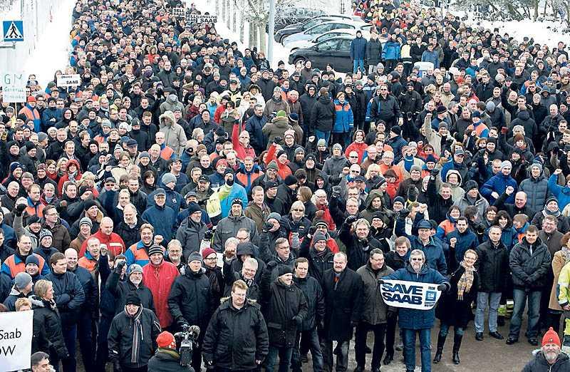 lättade 3500 anställda demonstrerade i början av januari mot GM:s planerade nedläggning av Saab – i går fick de beskedet att Spyker köper företaget.
