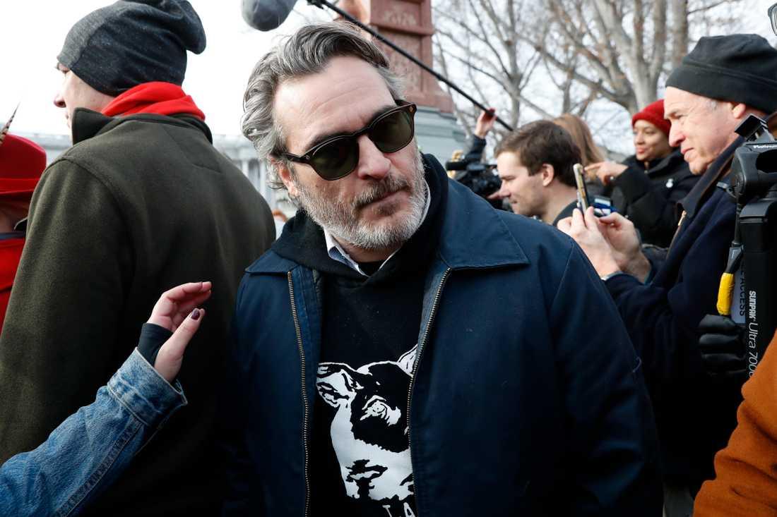 Stjärnan greps på Jane Fondas protestmöte i Washington.