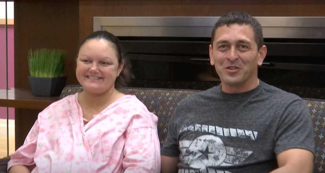 Dawn Gilliam och Jason Tello blev föräldrar till ett unikt tvillingpar.