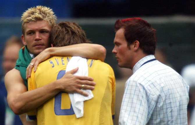 Men där blev det, mot Senegal, respass direkt. Ljungberg såg matchen från sidan, skadad.