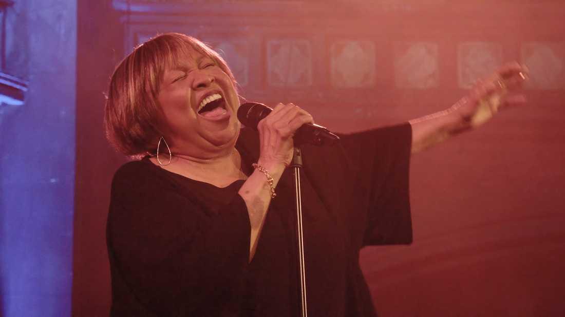 """Mavis Staples sjunger alltjämt fantastiskt på nya albumet """"We get by""""."""