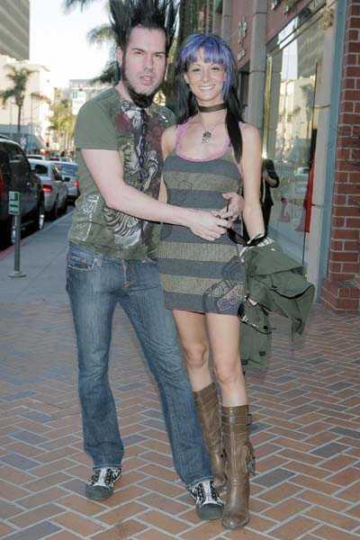 Wayne Static tillsammans med sin fru Tera Wray.