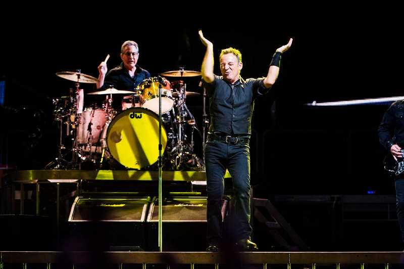 Klappat och KlartDet går inte att värja sig när Bruce Springsteen spelar med sådan utåtriktad övertygelse och kraft.