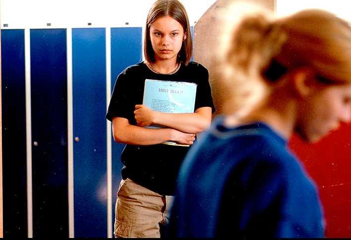 """Rebecca Liljeberg som Agnes i """"Fucking Åmål"""" från 1998."""